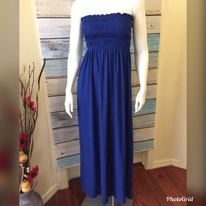Dresses & Skirts - 💐2/$10 Strapless Beach Maxi Blue Dress Size Small